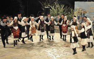 Xορευτική εκδήλωση-Καλωσόρισμα του 2019 στη Χαλκίδα!!