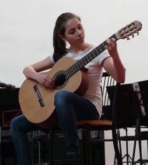 12χρονη Χαλκιδέα απέσπασε  βραβείο στον Πανελλήνιο Διαγωνισμο Κιθάρας